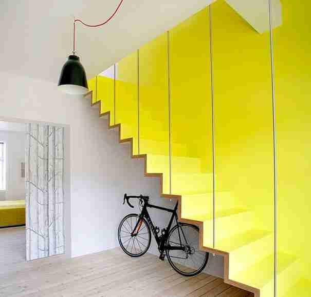 22 εντυπωσιακές εσωτερικές σκάλες που θα κάνουν την άνοδο στο επάνω όροφο λιγότερο ενοχλητική