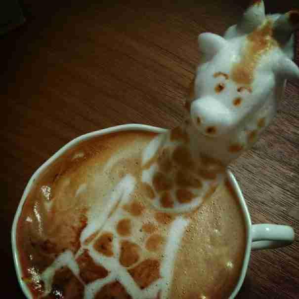Υπάρχουν πολλοί καλλιτέχνες Latte Art στον κόσμο. Αυτά που κάνει όμως αυτός ο άντρας..