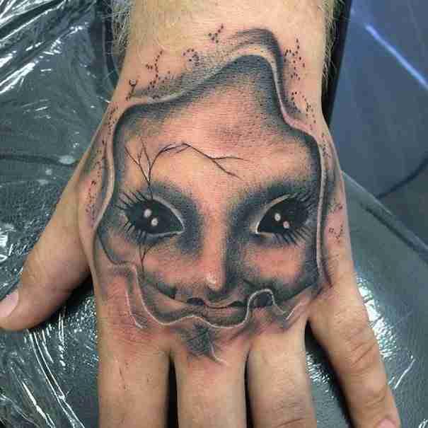 27 ανατριχιαστικά τατουάζ που θα στοιχειώσουν τα όνειρά σας!