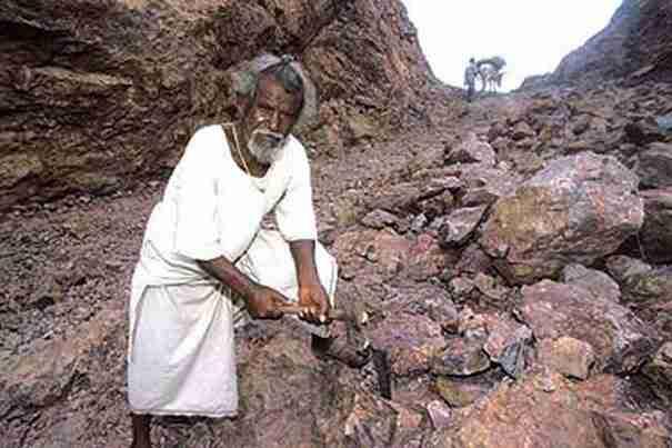 Η ιστορία του ανθρώπου που μετακίνησε ένα βουνό για τους αγαπημένους του