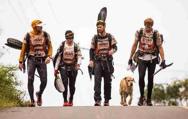 Αυτή η ομάδα αθλητών συνάντησε κάτι πολύ όμορφο στα δάση του Εκουαδόρ.