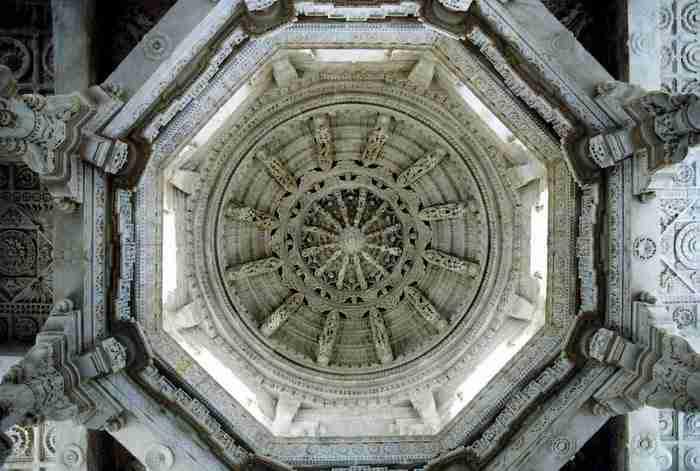 Ranakpur Jain Temple, Ινδία