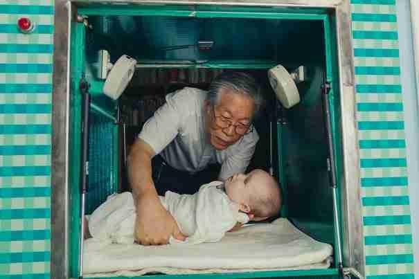 Υπάρχει ένας άντρας στη Νότια Κορέα που φτιάχνοντας ένα κουτί έσωσε αμέτρητες ζωές