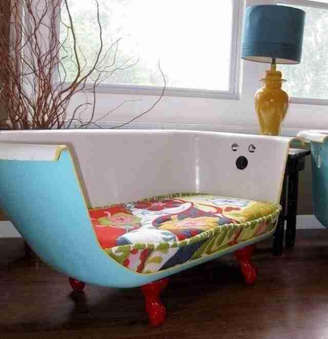 Μια μπανιέρα που γίνεται πολυθρόνα