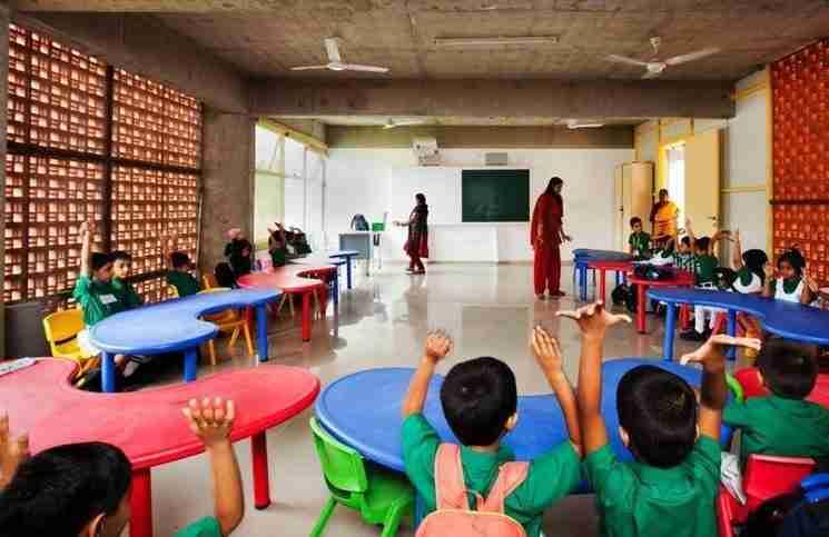 Μια δασκάλα δεν χρησιμοποιούσε ποτέ κόκκινο στυλό για να διορθώνει. Διαβάστε γιατί..
