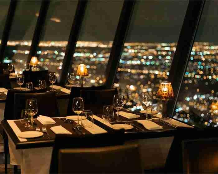 360 Restaurant, στον πύργο CN, στο Τορόντο του Καναδά