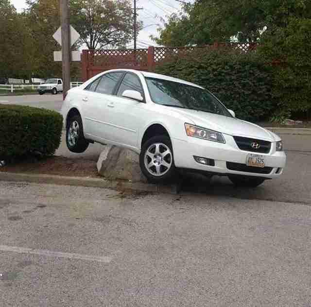 Όταν δεν προσέχεις καλύτερα το δρόμο όταν οδηγείς..
