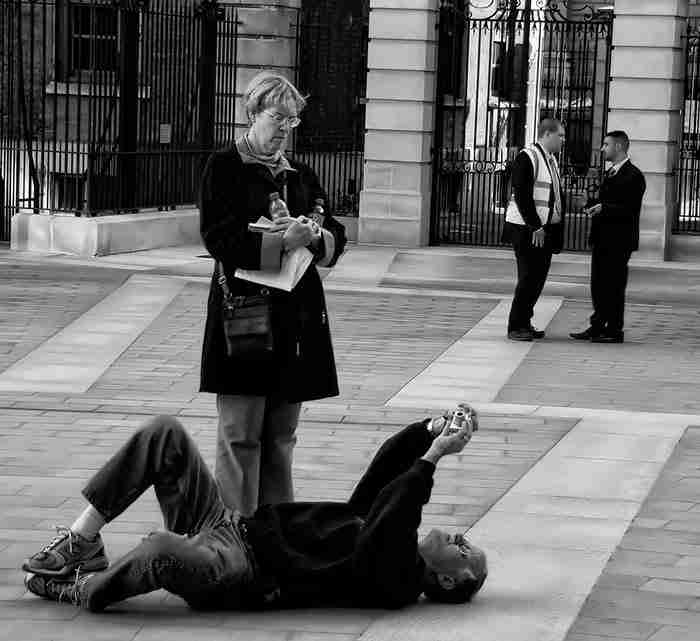 30 απίθανοι φωτογράφοι που έκαναν τα πάντα για την τέλεια φωτογραφία!