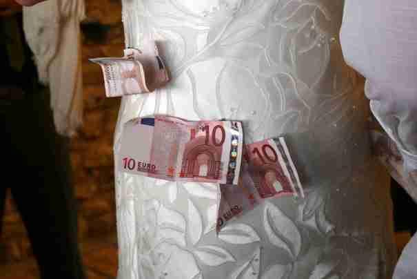 Ο χορός των χρημάτων