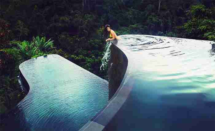 Πισίνα στο Ubud Hanging Gardens Hotel στο Μπαλί, Ινδονησία