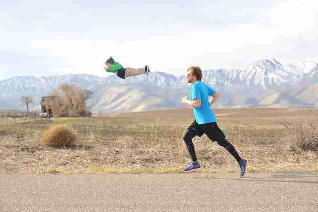 """«Θέλουμε να δείξουμε στον κόσμο ότι μπορείς να έχεις μια ευτυχισμένη ζωή με ένα παιδί με σύνδρομο Down,"""" γράφει το ζεύγος Λώρεν στη σελίδα τους στο Kickstarter."""