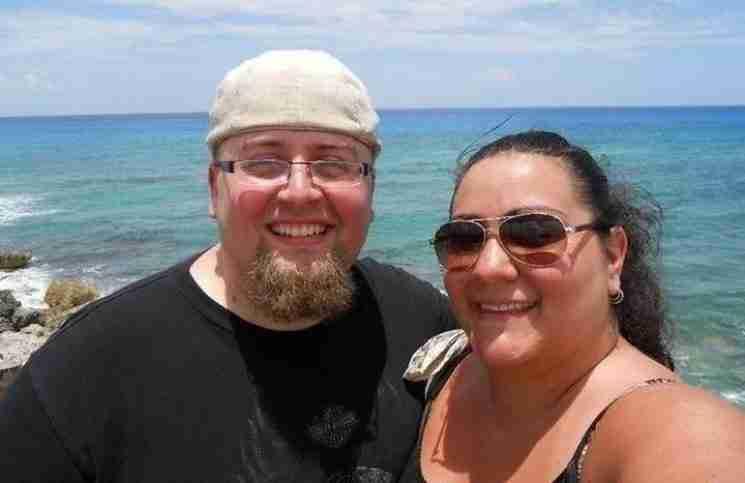 Εικόνες πριν και μετά από ένα ζευγάρι που έχασαν μαζί 127 κιλά. Δεν θα πιστεύετε τη διαφορά!