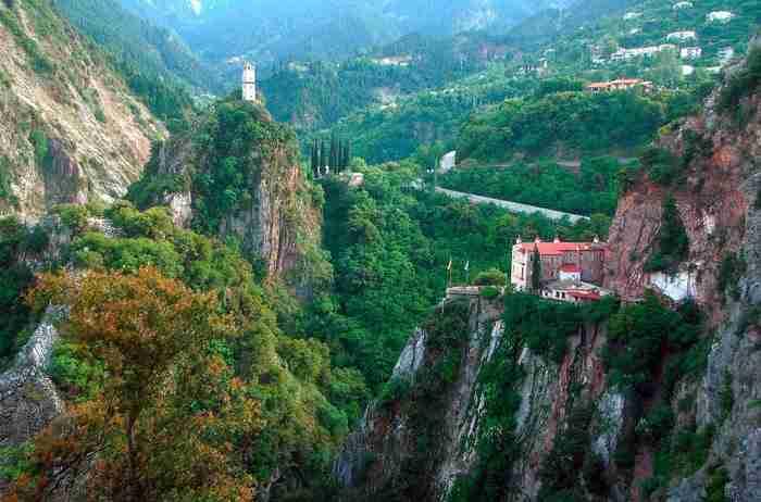 Το Μοναστήρι του Προυσού στα 20 καλύτερα Μοναστήρια της Ελλάδας