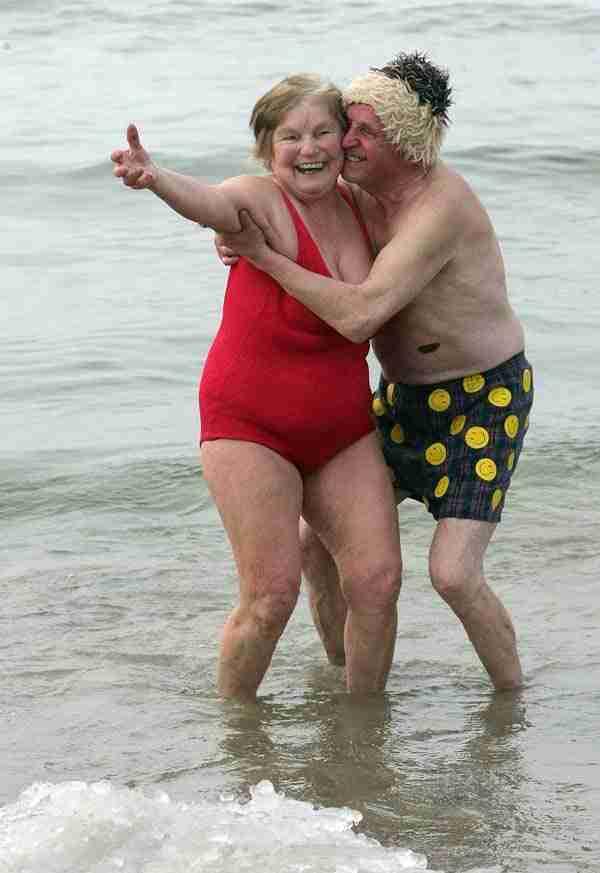 Αυτό το ζευγάρι ηλικιωμένων που δεν σταματά να πειράζει ο ένας τον άλλον!