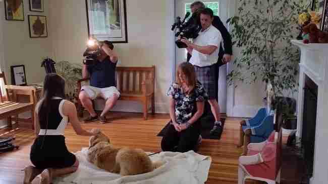 Δείτε τι έκανε αυτός ο σκύλος για να σώσει την τυφλή ιδιοκτήτρια του.. Είναι απίστευτο!