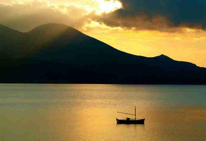 Ανακαλύψτε το Ελληνικό χωριό που έγινε γνωστό σε όλο τον κόσμο για την ομορφιά του