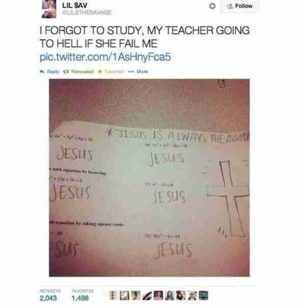 Δεν ήξερε τις απαντήσεις στο διαγώνισμα. Ο Χριστός όμως τις ξέρει και αυτό ακριβώς έγραψε ο νεαρός κάτω από κάθε ερώτηση..