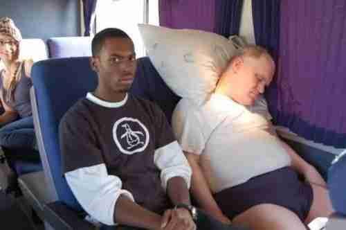 Μάλλον ο πιο θλιμμένος επιβάτης αεροπλάνου στον κόσμο..