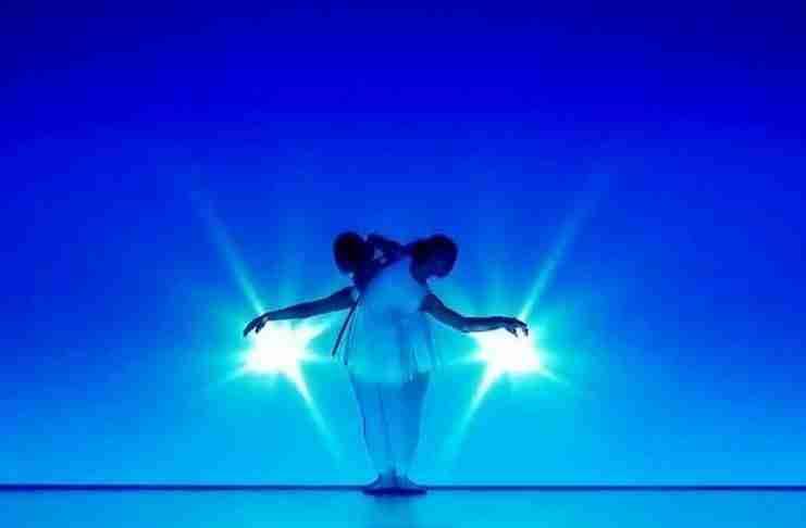 Ανεβαίνουν στη σκηνή και δίνουν μια παράσταση που όμοια της δεν έχετε ξαναδεί!