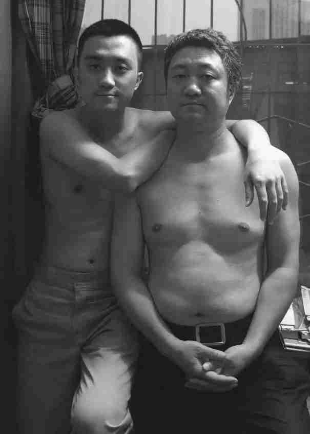 Μπαμπάς - γιος, 2011