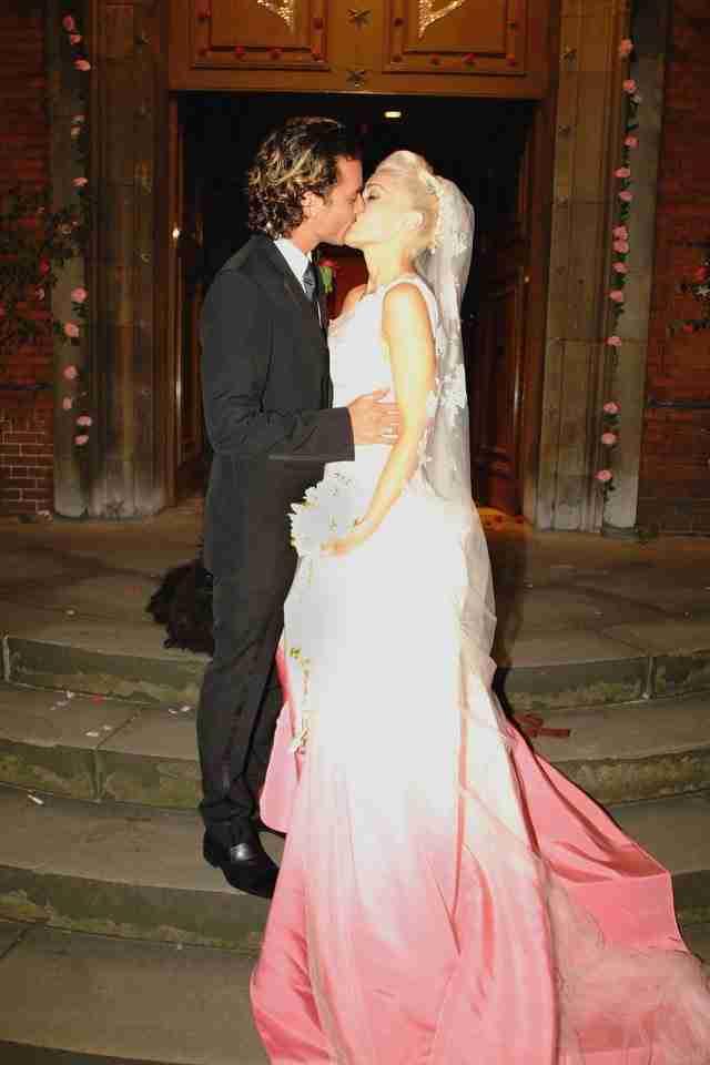 35 νύφες που δεν φόρεσαν λευκό νυφικό στο γάμο τους. Αλλά ήταν υπέροχες!