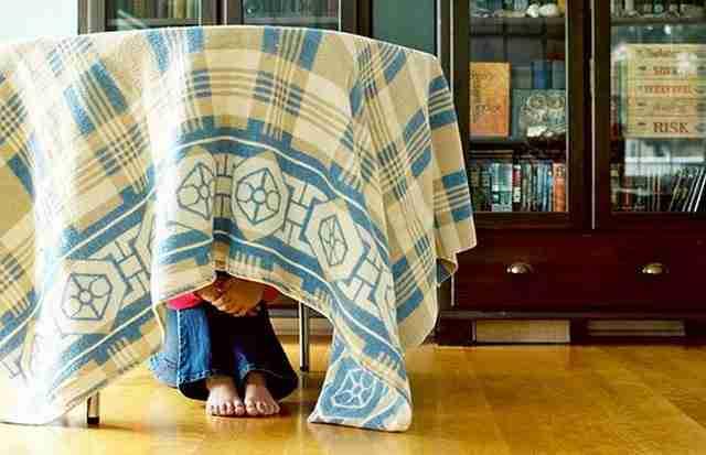 20 μικρά παιδιά που σας κερδίζουν άνετα στο κρυφτό!