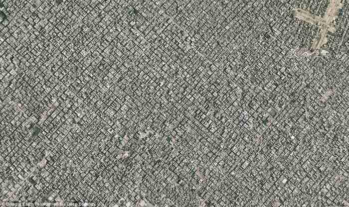 Μια ακόμη τεράστια τσιμεντούπολη. Πανοραμική θέα του Νέου Δελχί