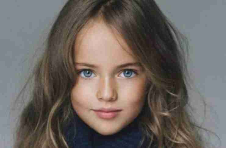 """Την αποκαλούν «το πιο όμορφο κορίτσι στον κόσμο"""" και έχει διχάσει τους χρήστες του Διαδικτύου."""