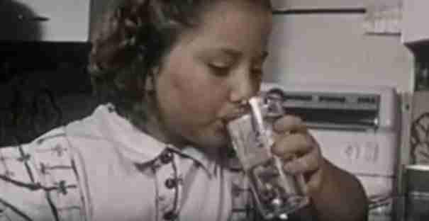 Υπέφερε για χρόνια από βασανιστικούς πόνους. Ώσπου η αδελφή της τη ρώτησε τι έπινε.