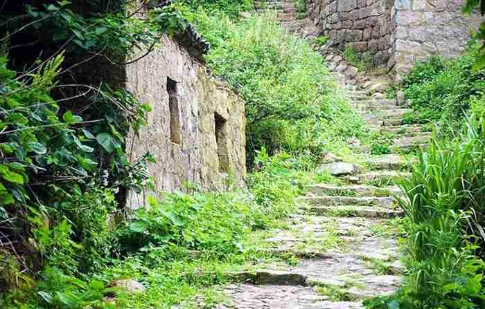 Gouqi: Το κινεζικό χωριό-φάντασμα που κατάπιε η φύση