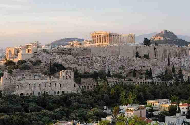 """""""Η Αθήνα είναι το μεγαλύτερο πανεπιστήμιο του κόσμου"""" γράφει η Daily Mail"""