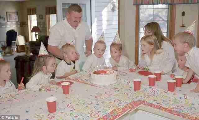 Πριν από 18 χρόνια γεννήθηκαν τα πρώτα επτάδυμα στον κόσμο. Δείτε πως είναι σήμερα!