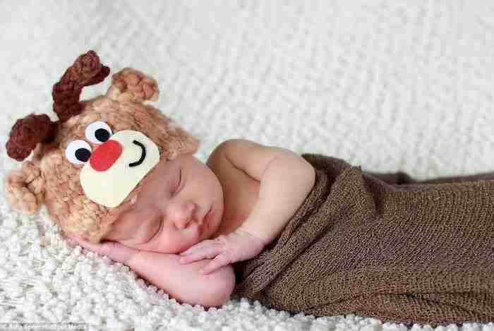30 νεογέννητα στην πρώτη τους Χριστουγεννιάτικη φωτογραφία!