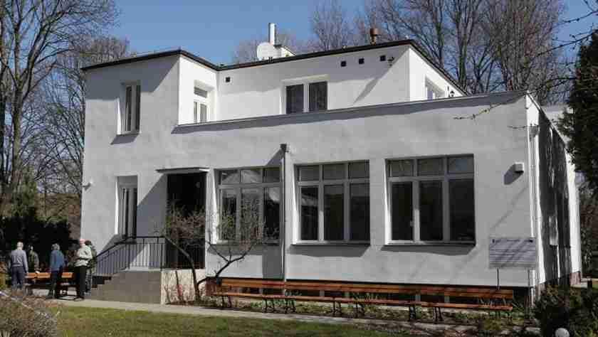 Όταν οι Ναζί εισέβαλαν στη Βαρσοβία, οι υπεύθυνοι ενός ζωολογικού κήπου έσωσαν εκατοντάδες ανθρώπους