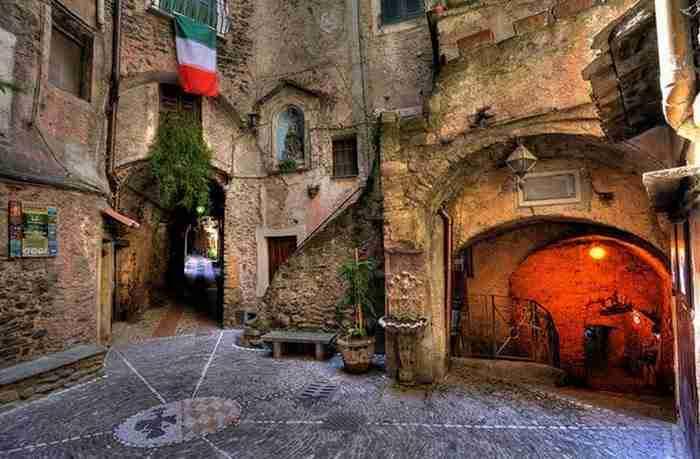 Dolceacqua: Ένα Ιταλικό μεσαιωνικό χωριό γεμάτο ομορφιά!