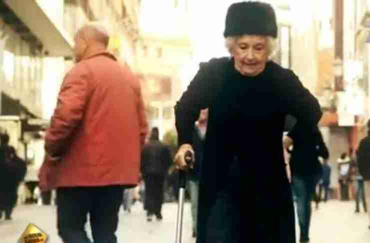 Αυτή η 81χρονη αρχίζει να χορεύει και.. εκπλήσσει τους πάντες!!