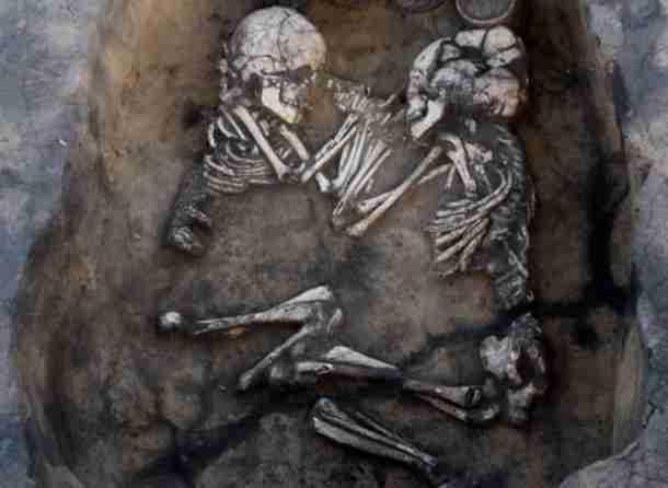 Πέντε συγκινητικές αρχαιολογικές ανακαλύψεις που έκαναν τους ερευνητές να δακρύσουν.