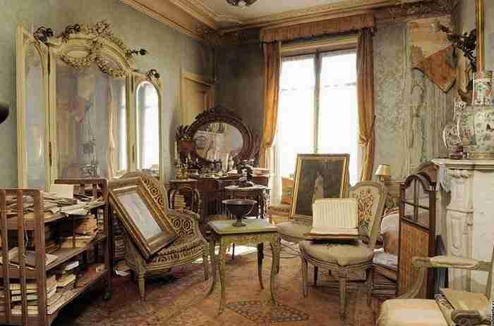 Κανείς δεν μπήκε σε αυτό το σπίτι από το 1939. Ο άνθρωπος που άνοιξε πρώτος τη πόρτα είδε κάτι απίστευτο!