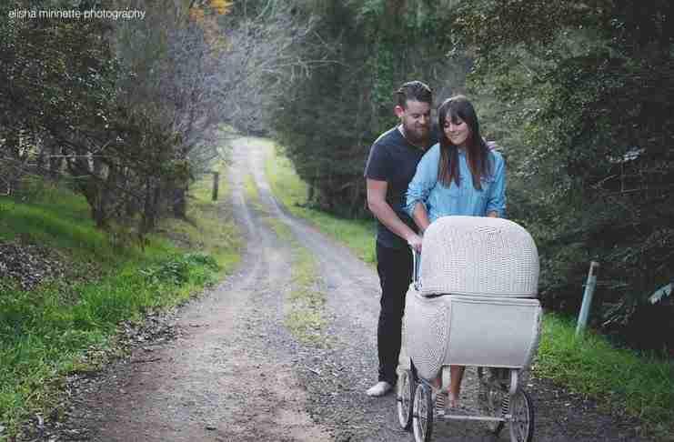 Όταν βαρέθηκαν να τους ρωτάνε συνέχεια πότε θα κάνουν μωρό, οργάνωσαν μια έξυπνη φωτογράφηση