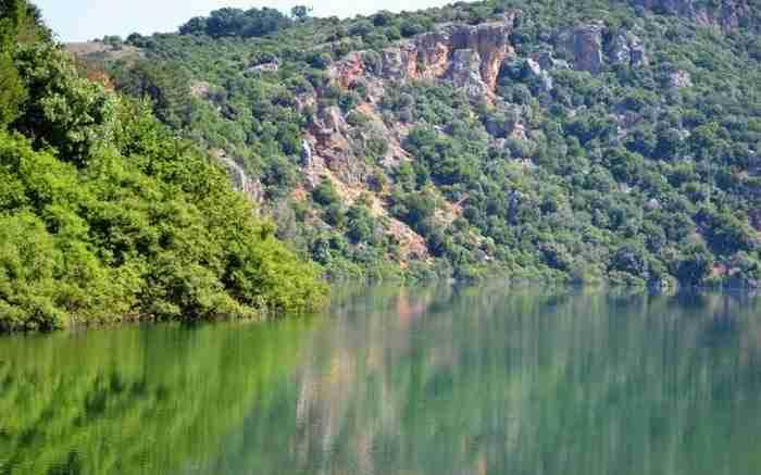 Λίμνη Ζηρού: Μια λίμνη μοναδικής ομορφιάς που λίγοι γνωρίζουν