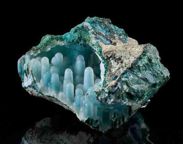 Τα 25 πιο όμορφα ορυκτά και πετρώματα
