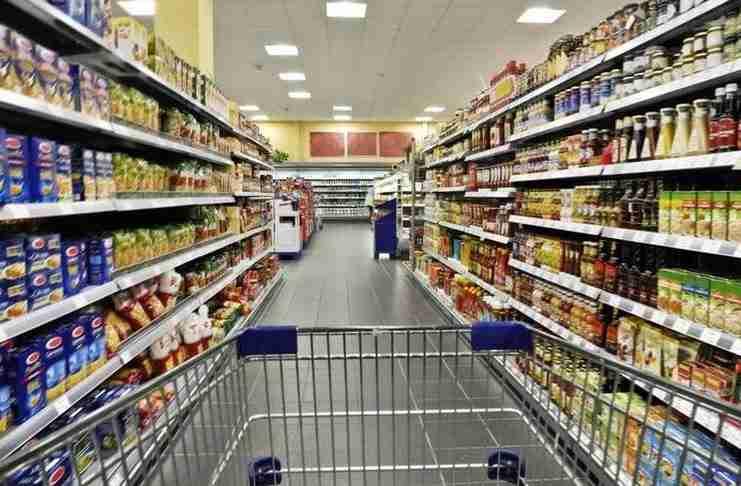 Μια μαμά με δυο παιδιά ζήτησε από τον υπεύθυνο ενός σουπερμάρκετ τρόφιμα. Η απάντηση του: Ανεκτίμητη!