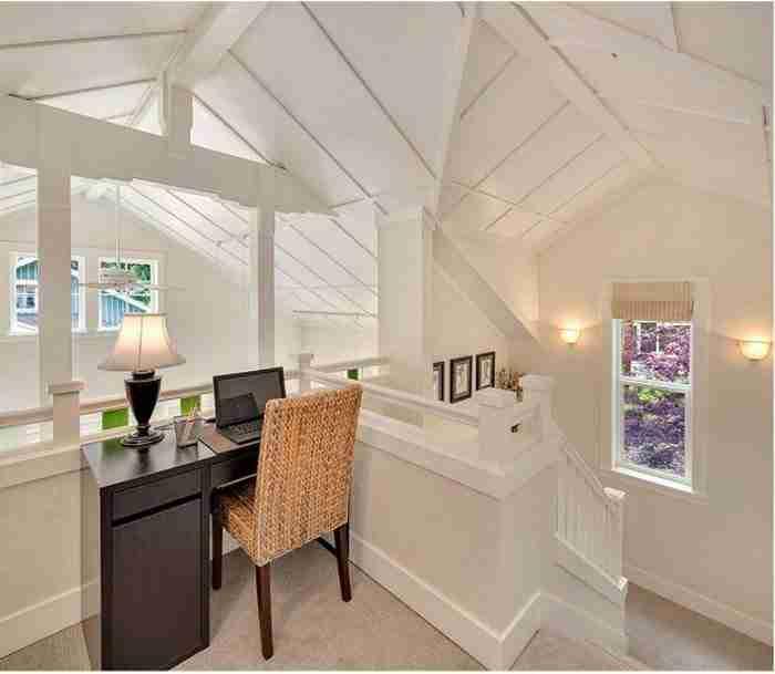 Αυτό το σπίτι στην εξοχή είναι υπέροχο! Τα ταβάνια του όμως το κάνουν ακόμη καλύτερο!
