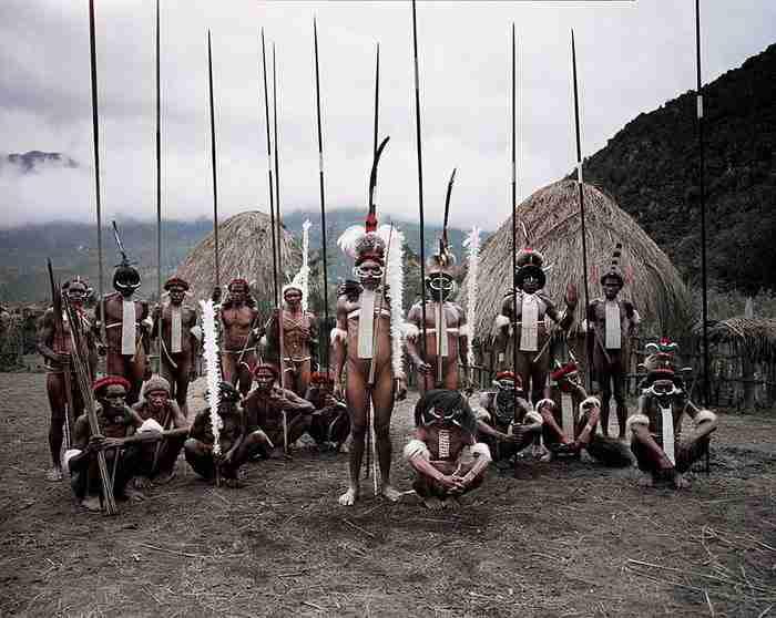 37 συγκλονιστικές φωτογραφίες των πιο απομακρυσμένων φυλών του πλανήτη πριν εξαφανιστούν για πάντα