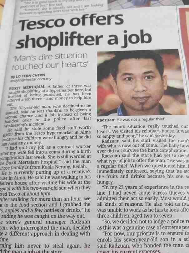 Διευθυντής σουπερμάρκετ έπιασε ένα κλέφτη. Αντί να τον στείλει φυλακή του πρόσφερε δουλειά