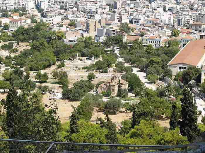 Εντυπωσιακή ξενάγηση στην αρχαία Αγορά της Αθήνας με drone!