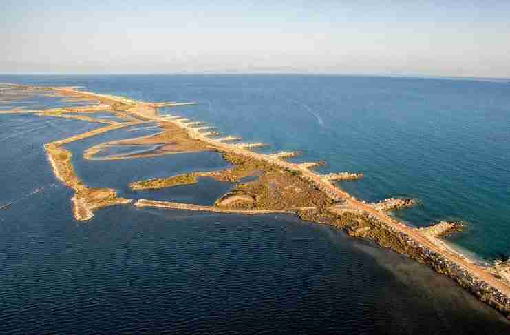 Η ξεχωριστή παραλία Σκρόφες στον Λούρο Αιτ/νιας που θυμίζει Καραϊβική!