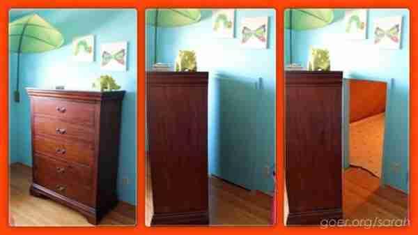 Ανακάλυψε τυχαία πίσω από τη ντουλάπα του παιδιού της ένα περίεργο δωμάτιο. Όταν μπήκε μέσα, ήξερε τι έπρεπε να κάνει.