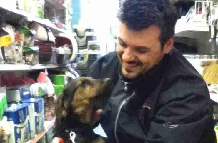 Αλέξανδρος Ηλιάδης: Ο Ηρακλειώτης που προσφέρει καταφύγιο σε άστεγους και σε αδέσποτα!