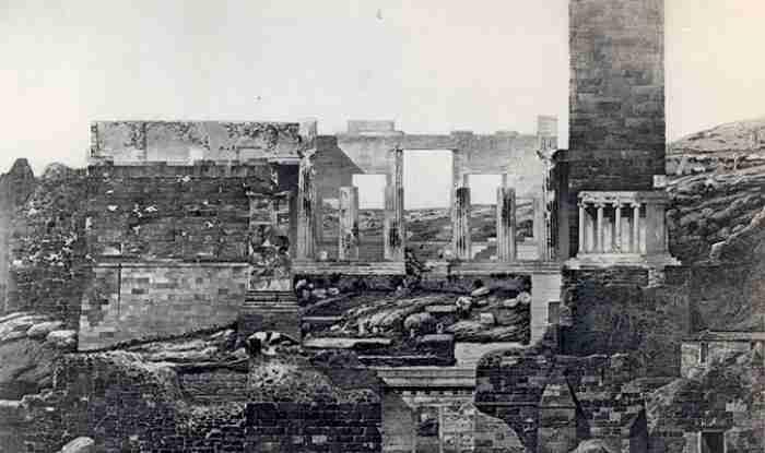 Η ιστορία του χαμένου Πύργου της Ακροπόλεως: Η ανέγερση, η χρήση και η κατεδάφιση ενός αθηναϊκού μνημείου-συμβόλου